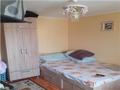De vanzare apartament cu 2 camere conf 2 30 mp  trivale intrare