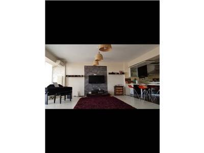 De vanzare apartament cu 3 camere sc int semicentral fond nou