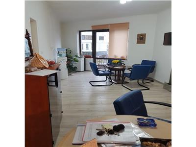 Dudesti,stradal,ap 3 camere,72 mp,renovat,curte 20 mp