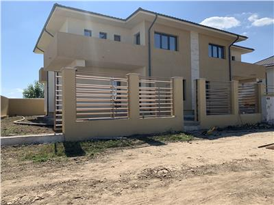 Duplex 4 camere/dormitor matrimonial/baie/terasa-Prelungirea Ghencea