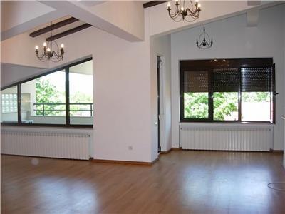 Duplex 5 camere floreasca cu vedere superba