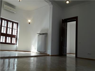 Duplex 9 camere kiseleff /arcul de triumf
