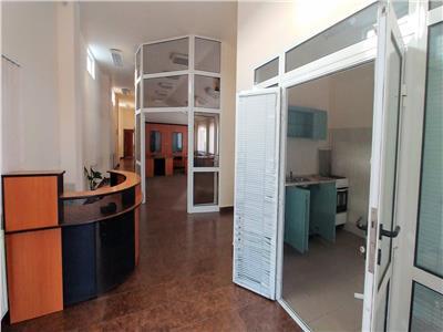 Inchiriez spatiu birouri 250mp in tudor m, 500 euro in primele 2 luni