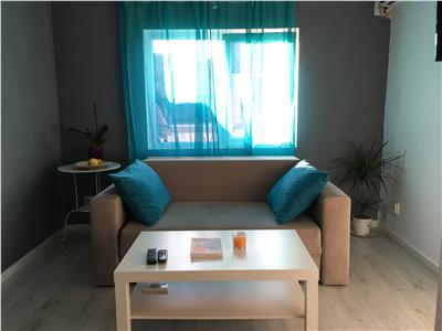 Apartament 2 camere cu terasa de inchiriat universitate 390 euro