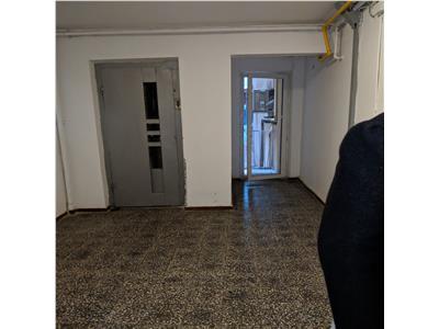 Iancului, apartament 3 camere, decomandat, suprafața utila 70 mp