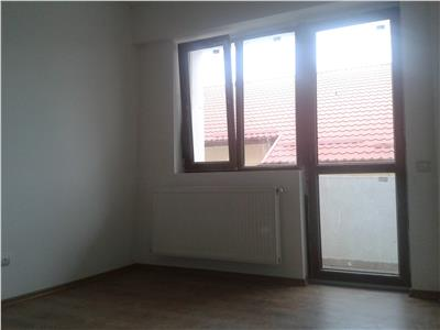 Apartament cu 2 camere, spatios, zona linistita, !