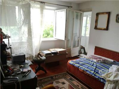 Vanzare apartament doua camere Drumul Taberei 34 , 7/9, 58000 Euro