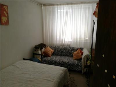 Vanzare Apartament trei camere Drumul Taberei / Valea Ialomitei, 10/10, 51900 Euro