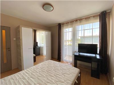 Inchiriez apartament cu 3 camere in cornisa la 5 minute de umf