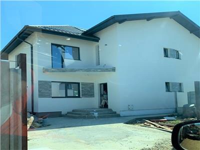 vand casa/vila/duplex/3 camere /2 bai /95mp utili