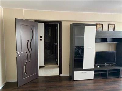 Inchiriere apartament 3 camere la 1 minut de metrou crangasi