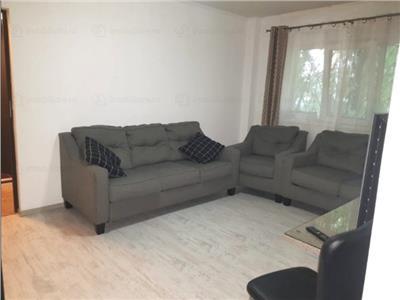 Vanzare apartament 4 camere zona Bd Chisinau - MegaMall