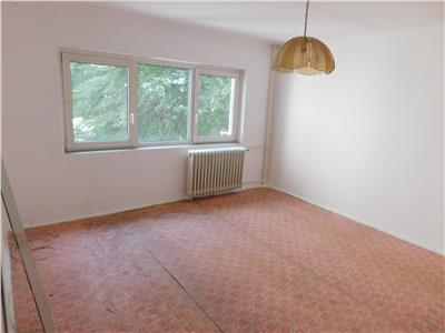 Apartament 3 camere dec 2/4 - bloc 1982 - Morarilor - Pantelimon