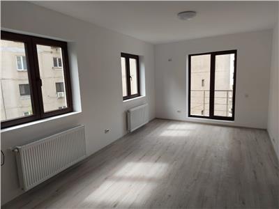 Apartament 3 camere de vanzare Calea Calarasilor 5min metrou Muncii