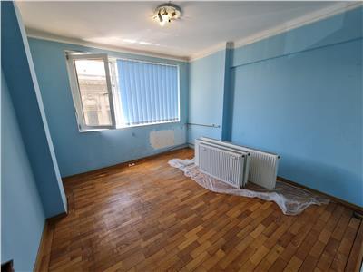 Vanzare apartament 3 camere, Ploiesti, ultracentral