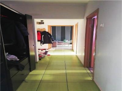 Apartament 3 camere decomandat Pantelimon