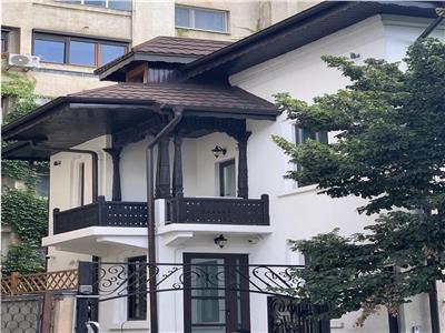 Vila impresionanta stil neo-brancovenesc, cotroceni-opera center