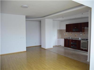 Apartament 4 camere decomandat foarte spatios Baneasa/Ficusului