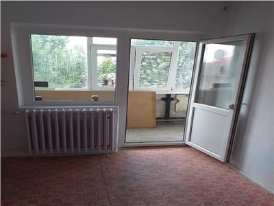 Vanzare apartament 3 camere ,etaj 2 din 4 niveluri parc morarilor
