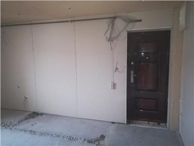 Vanzare apartament 3 camere ,confort 1,decomandat,Micro 11