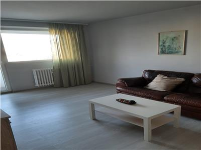 Apartament 3 camere recent renovat Metrou Constantin Brancusi