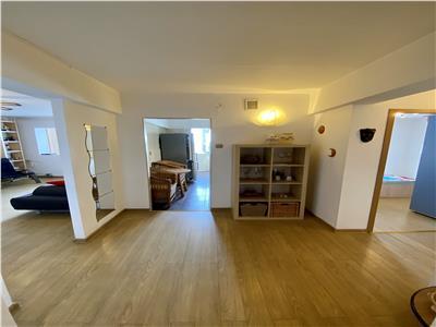 Vanzare apartament 2 camere, decomandat, in Ploiesti, zona Malu Rosu