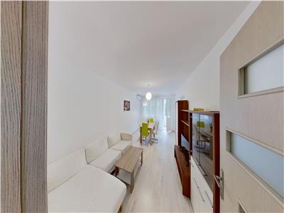 Inchiriez apartament cu 3 camere la 5 min de UMF, etaj 3, bloc Izolat