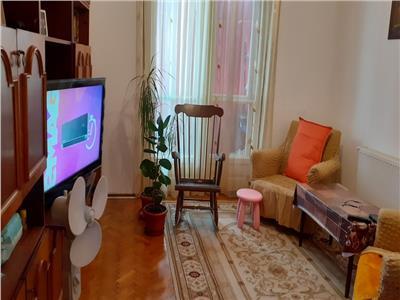 Vanzare apartament 3 camere decomandat bloc caramida salaj