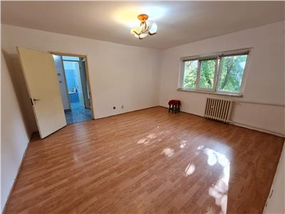 Vanzare apartament 2 camere, ploiesti, zona paltinis