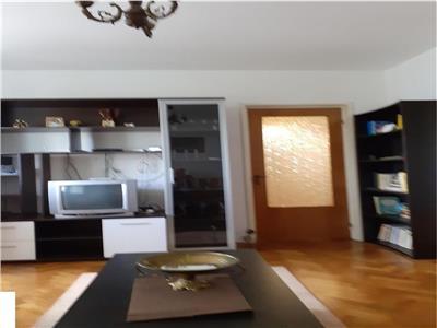 Apartament 3 camere zona Favorit mobilat si utilat complet