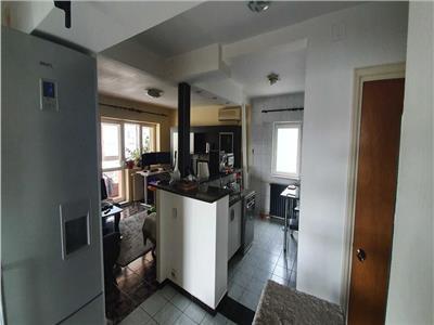 Vanzare apartament 4 camere rahova - nasaud