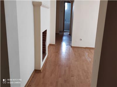 OCAZIE! Apartament 3 camere, zona Primaverii!