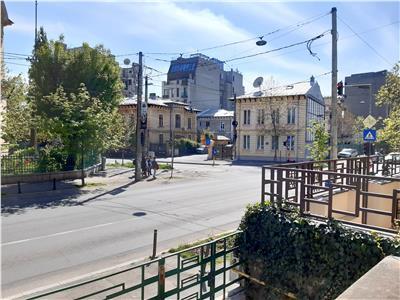 Dacia - Polona - garsoniera in vila parter stradal  / P+2