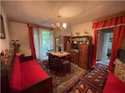 Apartament cu 2 camere de vanzare, semidecomandat, in 7 noiembrie