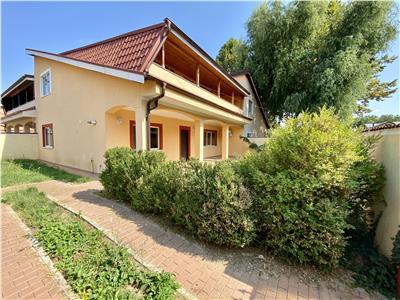 Vanzare casa 5 camere, in bucov, cartier mica roma