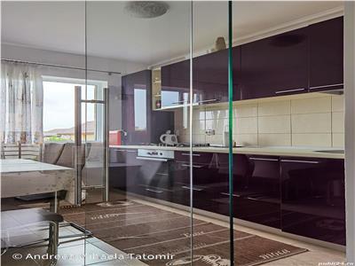 Apartament 3 camere , decomandat 76500 euro