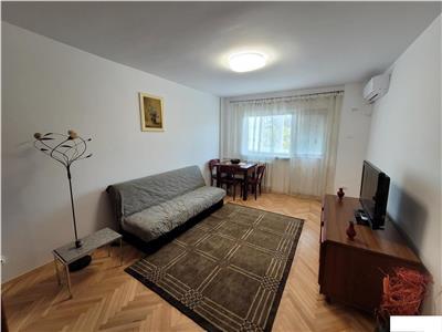 Inchiriere apartament 3 camere decomandat Politehnica