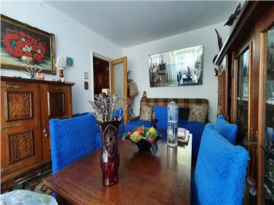 Vanzare 2 camere, decomandat, Drumul Taberei-Parc Moghioros