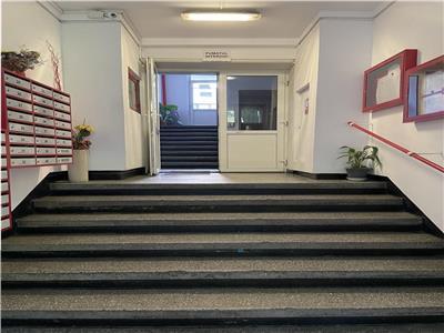 Apartament de renovat 3 camere 65 mp Grivitei Basarab et 10 din 11