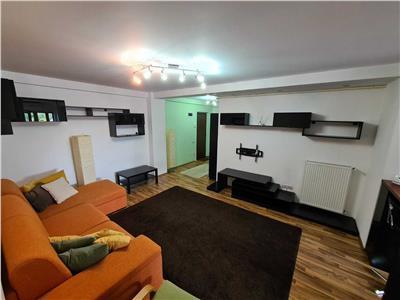 Vanzare apartament 2 camere straulesti bloc 2008/parcare