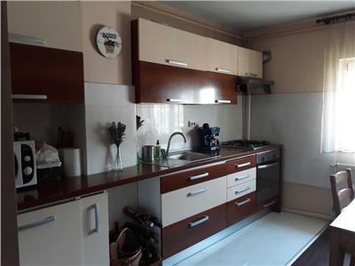 Apartament 3 camere, decomandat  , Pantelimon