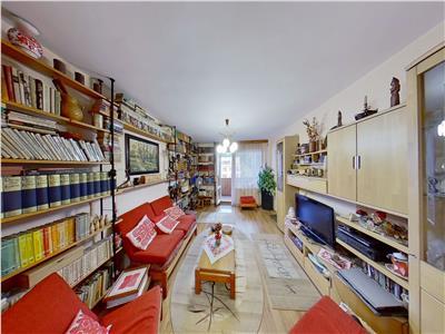 Vanzare apartament cu 5 camere, 121 mp utili, aflat in zona unic