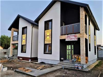 vand casa p+1+p, 4 camere 2 bai 2 terase si balcon, 300mp curte