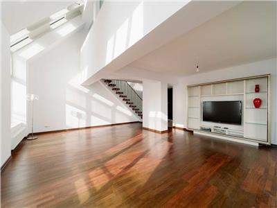 Apartament tip triplex, 214 mp totali, Mall Vitan, Sector 3