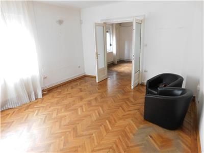 Apartament 2 camere P/2 - pretabil spatiu birou - Unirii