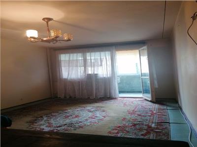 Apartament 2 camere decomandat etaj 7/10 - Metrou Titan - Scoala 195