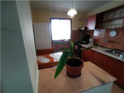 Vanzare apartament 3 camere , decomandat , zona diham