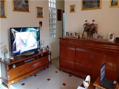 Vanzare apartament 3 camere cu curte proprie Bucurestii Noi 2014