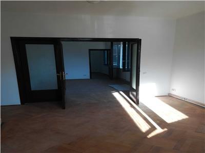 Inchiriere apartament nemobilat pentru birouri Piata Dorobanti