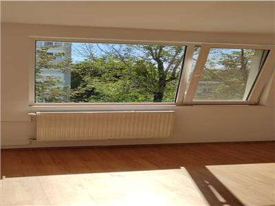 Vanzare apartament 2 camere ,etaj 3, Campia Libertatii